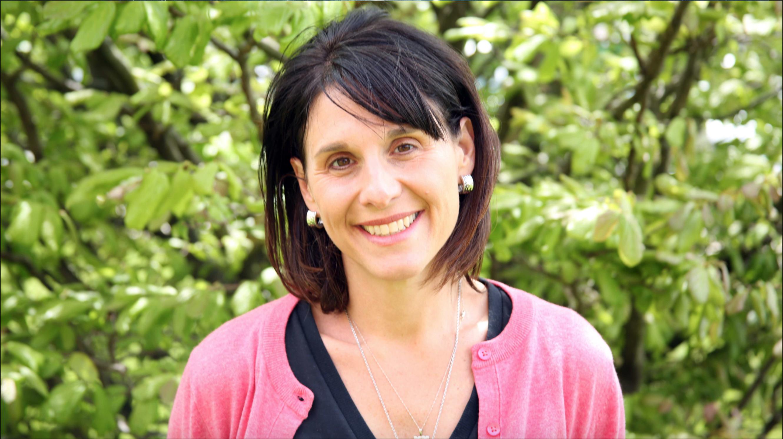 Dr. Jennifer Palilonis